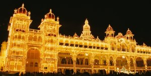 Dasara_Navaratri_Festival_Lights_Mysore_Palace_India